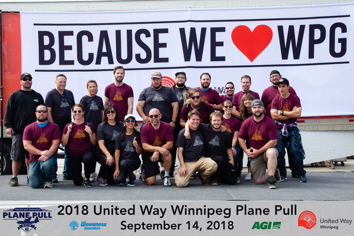 the-forks_united-way-plane-pull-1.jpg (98 KB)
